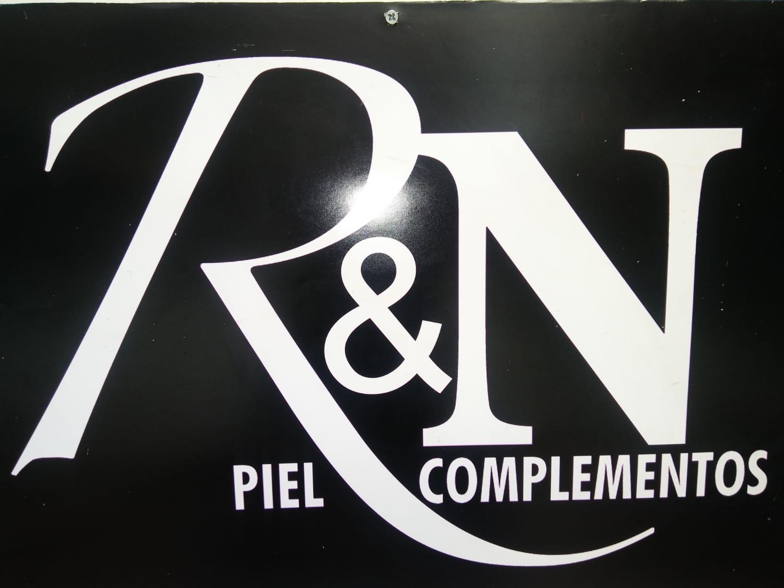 R N complementos y bolsos stand  f64591e8a30f