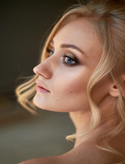 Consejos de maquillaje para invitadas a comuniones